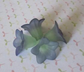 Two Tone Blue on Green Hand Dyed Lily Frosted Flower (6)