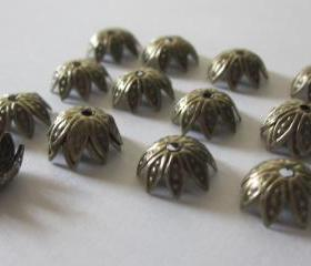 Antique Brass Star Bead Cap 10mm X 4mm (24)